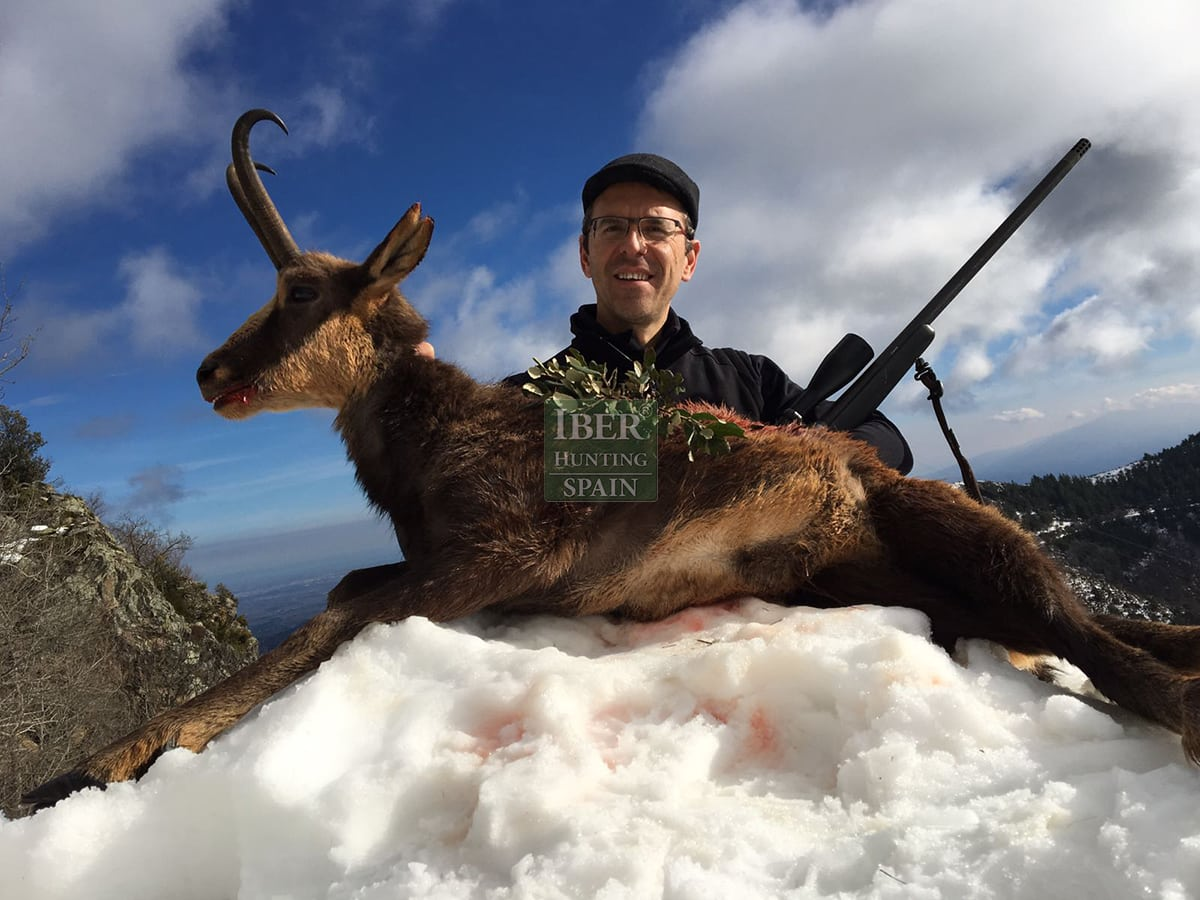 hunting pyrenean chamois with Iberhunting 5