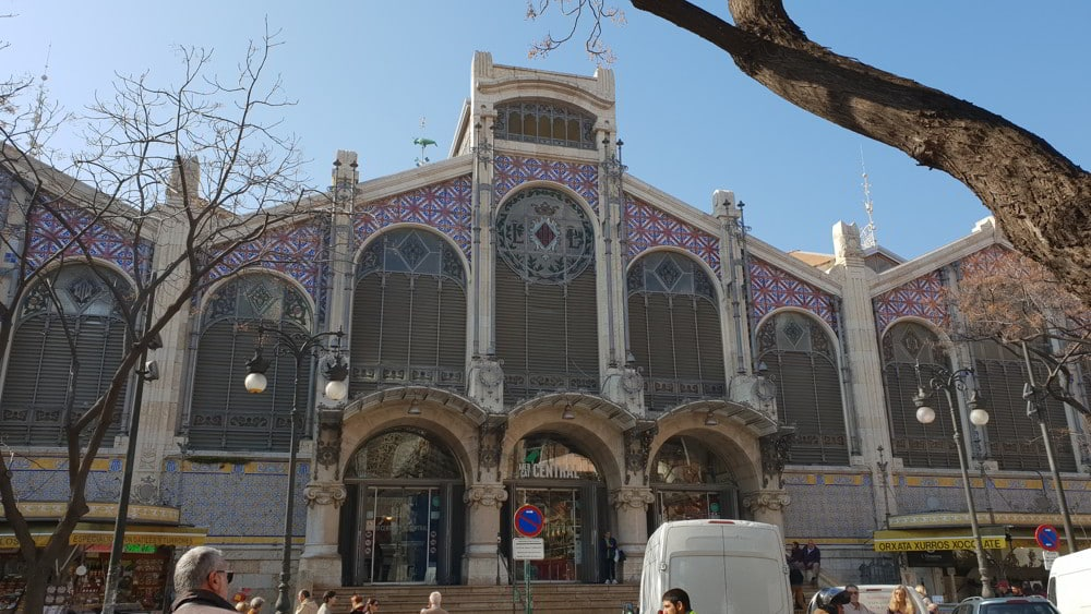 Shopping at Mercado Central in Valencia