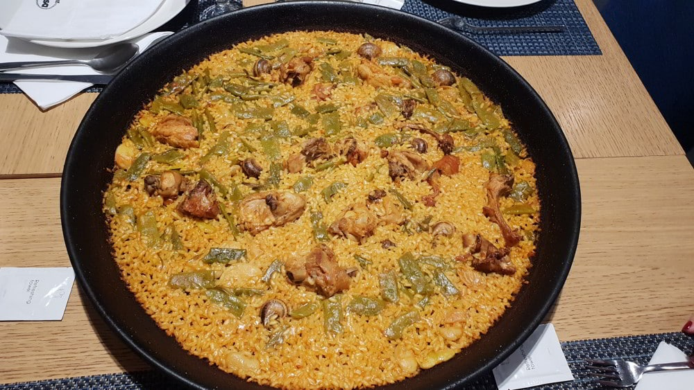 Typical paella Valenciana to enjoy during your hunt for Beceite ibex