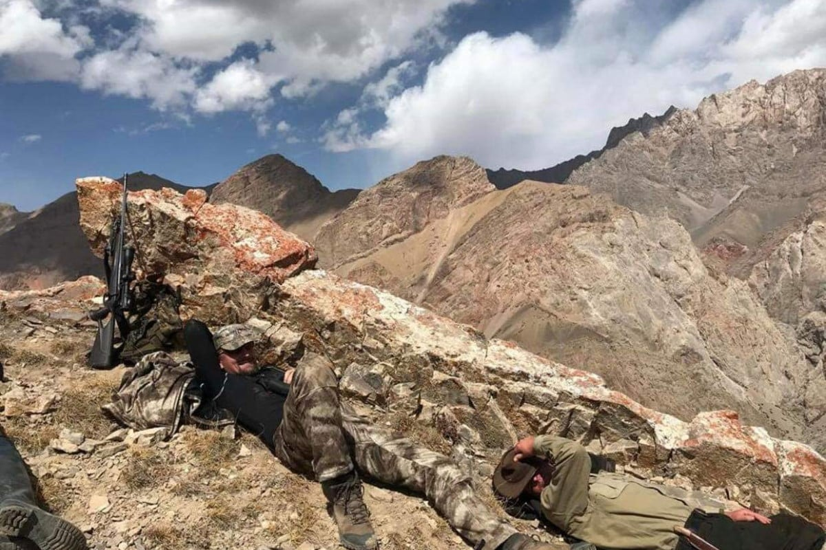 Hunt in Kyrgyzstan - Loking for Marco Polo