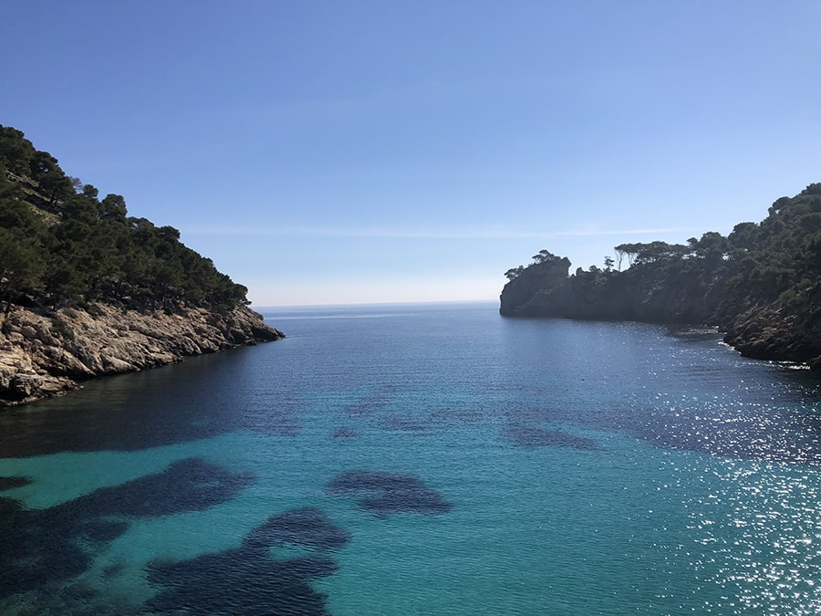 Beautiful beach in Mallorca that you can enjoy on your summer hunting