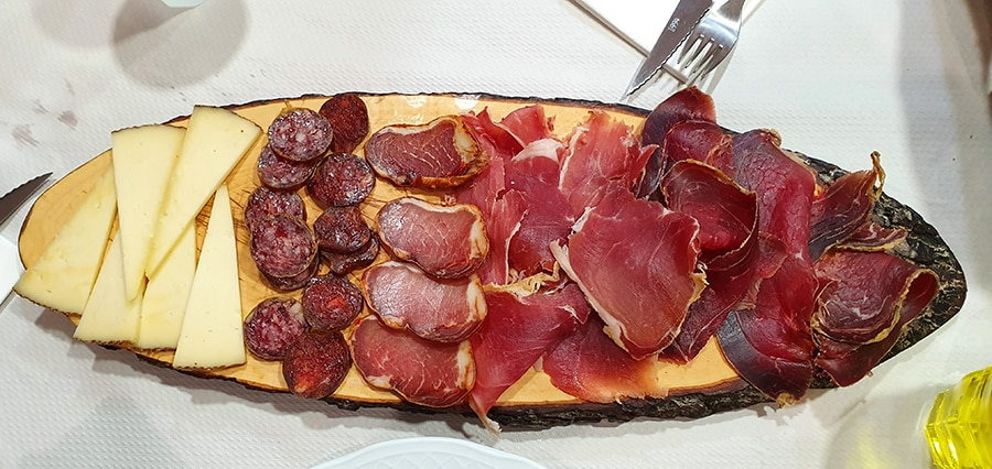 Spanish gastronomy to enjoy in your Cantabrian chamois hunt